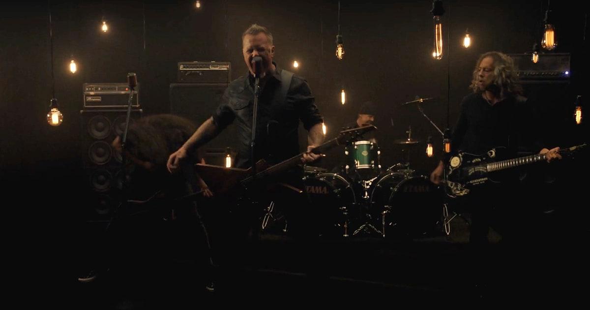 """Metallica lanzó """"Moth Into Flame"""""""