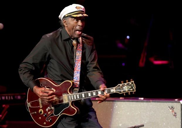 Chuck Berry cumple 90 años con Nuevo Disco
