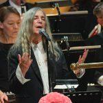 """PATTI SMITH """"A Hard Rain's A-Gonna Fall"""" en la ceremonia de los Nobel"""