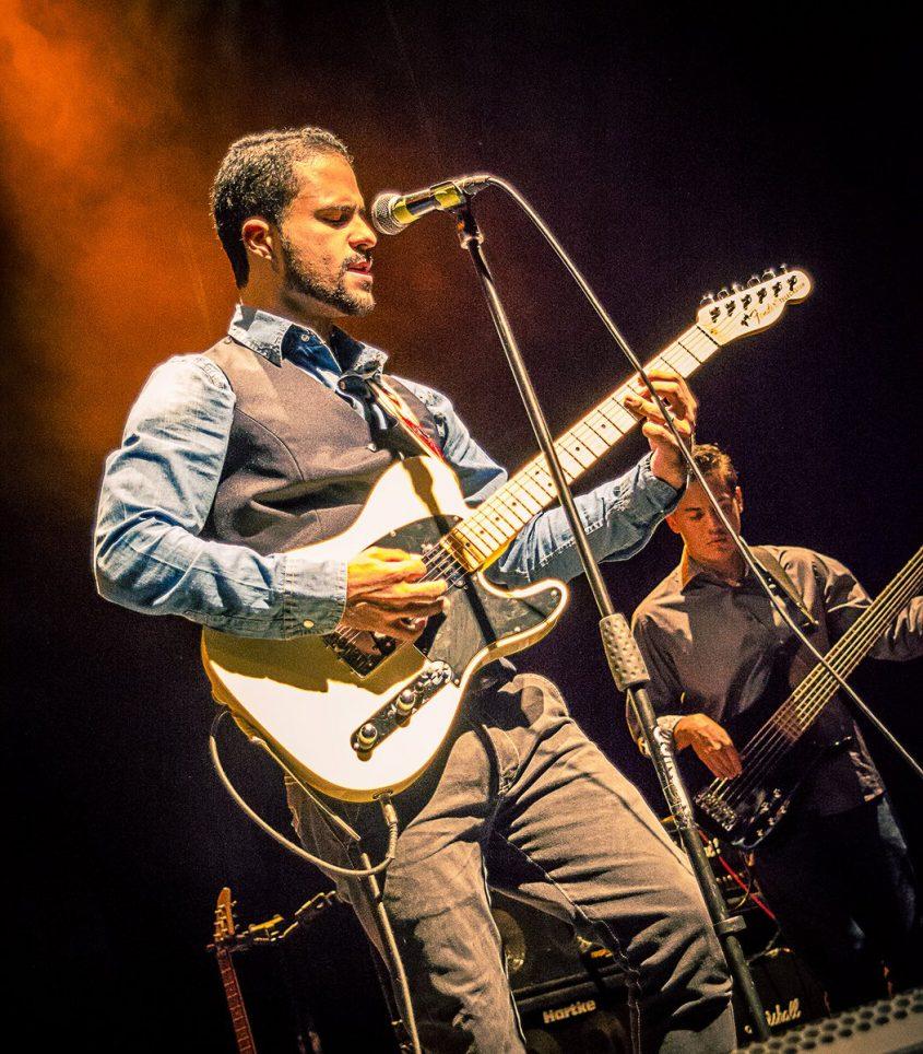 Manuel con su Tributo a Eric Clapton
