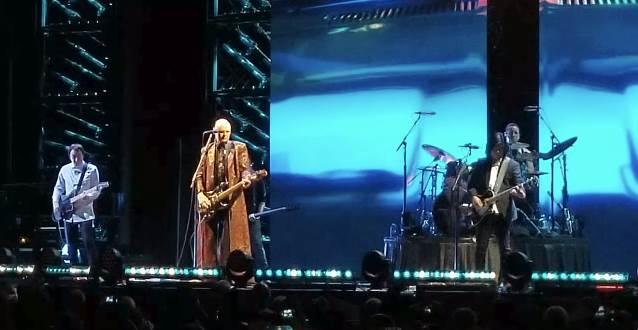 "Smashing Pumpkins realiza cover de ""Stairway To Heaven"""