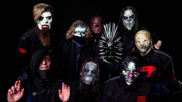 "Slipknot estrena nuevo álbum ""We Are Not Your Kind"""