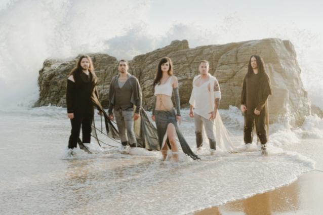 """Visions of Atlantis lanzará un nuevo álbum titulado """"Wanderers"""""""