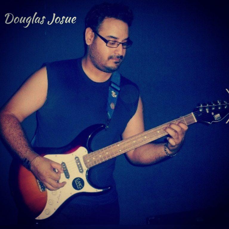 """Douglas Josuépresenta el single """"Punto Sur"""""""